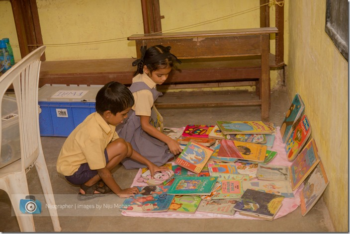 Nijugrapher-Bookworm-IHM_Libraries_in_Schools-DSC_0255_thumb.jpg